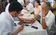 Khám sàng lọc bệnh lý đái tháo đường và tuyến giáp cho hàng ngàn người