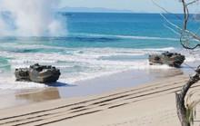 Mỹ - Úc tập trận trong sự dòm ngó của tàu Trung Quốc