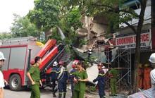 Nhà phố cổ ở Hà Nội bất ngờ đổ sập