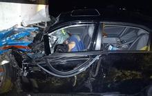 Long An: Xe do chủ tịch huyện lái va chạm với xe công nhân