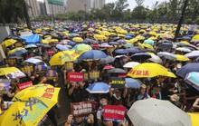 Hàng chục ngàn người Hồng Kông lại xuống đường biểu tình
