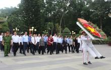 Chủ tịch Quốc hội Nguyễn Thị Kim Ngân thăm gia đình chính sách