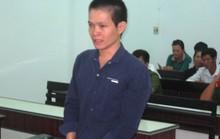 Khánh Hòa: Trong lúc tức giận, phóng dao chết vợ