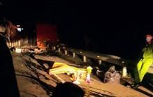 Lật xe làm trên đèo Mang Yang làm 1 người chết, Quốc lộ 19 tê liệt