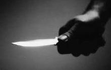 Đâm vợ tử vong rồi dùng dao tự sát