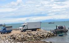 Quảng Bình: Lấn biển xây cảng cá lậu