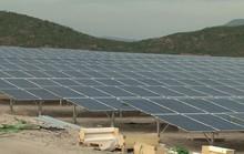 Cấp bách giải cứu lưới tải điện mặt trời