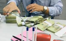 Để lãi suất vượt trần, sếp ngân hàng sẽ bị cách chức