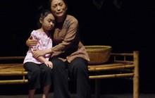 NSƯT Quỳnh Hương: Bà già đa năng trên sàn diễn
