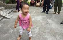 Cô gái trẻ xưng sinh viên viết thư gửi con gái 1 tuổi vào cửa chùa