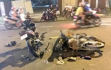 Xe máy tông nhau kinh hoàng ở TP HCM, 2 người thương vong