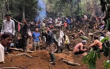 Hàng ngàn người cầm cuốc, thuổng đổ xô lên núi tìm đá quý giá trị 5 tỉ đồng