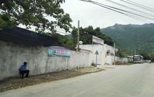 Trường học biến thành... điểm đón khách Trung Quốc
