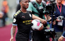 Sterling lập hat-trick, Man City vùi dập West Ham 5-0