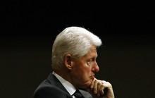 Ông Trump nghi ông Clinton đứng sau vụ tỉ phú ấu dâm tự tử?