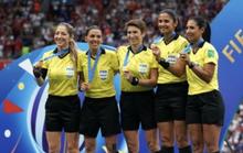 Tổ trọng tài nữ bắt Siêu cúp châu Âu, UEFA nhận gạch đá