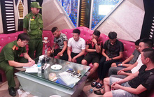 7 thanh niên vào quán karaoke thuê phòng để phê ma túy