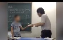 Phẫn nộ trước cảnh gia sư đánh học sinh