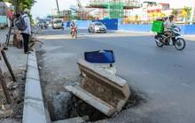 """Cận cảnh những """"chiếc bẫy"""" chết người rình rập trên đường Phạm Văn Đồng"""