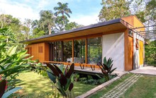 Ngôi nhà gỗ tuyệt đẹp giữa thiên nhiên xanh tươi