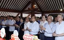 Tưởng nhớ Bác Hồ, hun đúc khát vọng dân tộc