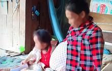 Cô giáo mầm non đeo bụng bầu nặng 25 kg suốt 14 năm