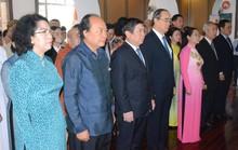 Lãnh đạo TP HCM dâng hương Chủ tịch Tôn Đức Thắng