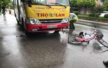 Va chạm với xe buýt, cụ ông 90 tuổi đi xe đạp tử vong