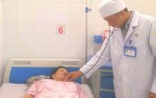 Vượt hàng trăm km mua tiểu cầu cứu sống thai phụ té đập bụng vào bồn cầu