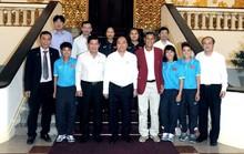 Thủ tướng chúc mừng đội tuyển bóng đá nữ Việt Nam vô địch Đông Nam Á