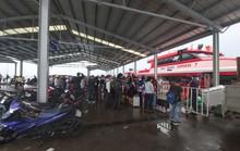 Tàu cao tốc ở Phú Quốc tạm ngưng hoạt động, khách vỡ kế hoạch nghỉ lễ 2-9