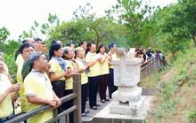 Cán bộ Công đoàn TP HCM dâng hương, viếng mộ Đại tướng Võ Nguyên Giáp