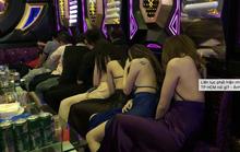 Yêu cầu nhân viên quán karaoke đeo thẻ có ngăn được thác loạn?