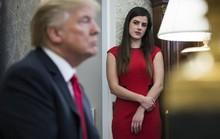 Nữ trợ lý Tổng thống Trump đột ngột từ chức