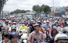 Xe máy tông nhau trên đường Trường Chinh, người phụ nữ tử nạn dưới bánh xe tải