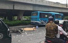 Va chạm với xe buýt, thi thể người đàn ông biến dạng