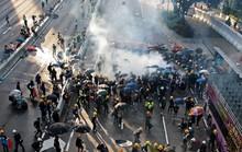 Hồng Kông bên bờ vực nguy hiểm