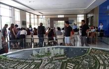 Khách hàng tập trung đòi giao nhà tại dự án The Sunrise Bay Đà Nẵng