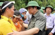 Ông Phạm Minh Chính thăm vùng tâm  lũ Sa Ná