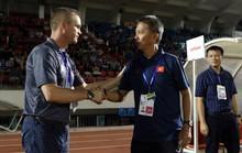 HLV Hoàng Anh Tuấn nói gì về trận thắng may mắn của U18 Việt Nam?