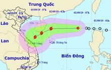 Áp thấp nhiệt đới trên Biển Đông, mạnh lên thành bão vào miền Trung