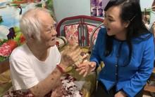 Bộ trưởng Nguyễn Thị Kim Tiến hát live cùng tác giả bài Một khúc tâm tình của người Hà Tĩnh