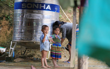 Bộ GD-ĐT yêu cầu báo cáo vụ thiếu giáo viên, trẻ 4 tuổi phải trọ học xa nhà