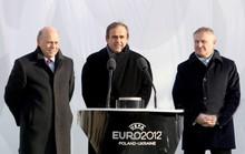 Nửa tỉ USD tài trợ bóng đá của UEFA vào túi tư nhân