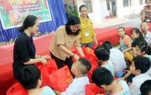 Sẻ chia khó khăn cùng trẻ em thiếu may mắn