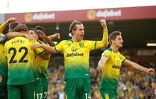 Man United thắng thót tim, Man City gục ngã trước tân binh Norwich