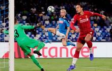 Hàng thủ tạo phản, Liverpool đại bại tại Napoli