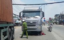 TP HCM: 2 người chưa rõ danh tính tử vong thương tâm dưới bánh xe tải
