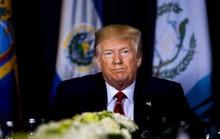 Người tố giác quyết khui cuộc điện đàm đặc biệt nhạy cảm của ông Trump