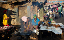 Diễn đàn quốc tế tại... khu ổ chuột